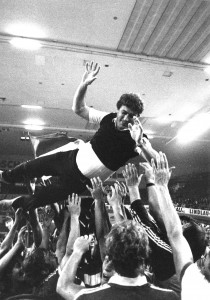 1982_Gummersbach-4facher-Titelgewinner-und-Mannschaft-des-Jahres_3